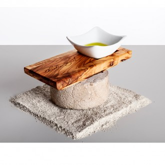 Buy Elaia Zait olive wood tray with an oil bowl